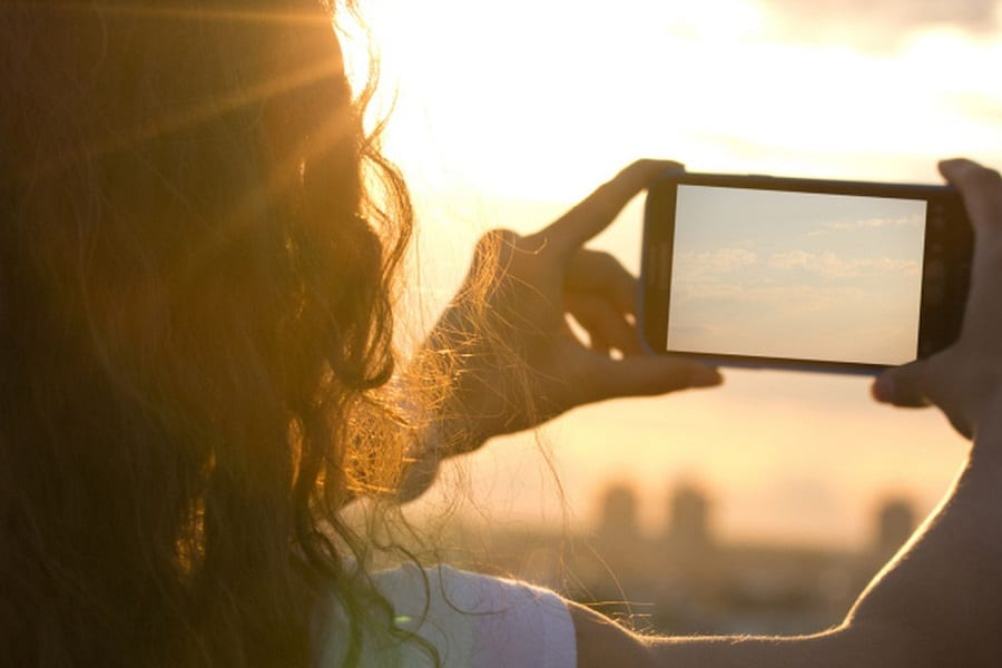 Can The Sun Damage Your Phone Camera?